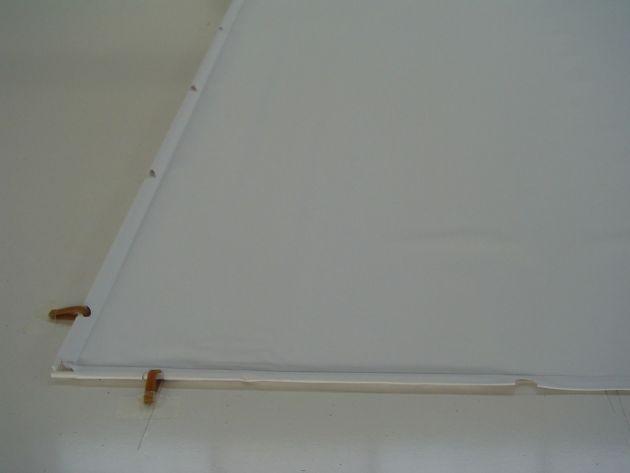 250x140 cm formato 16:9 Telo Forato con bordi e asole